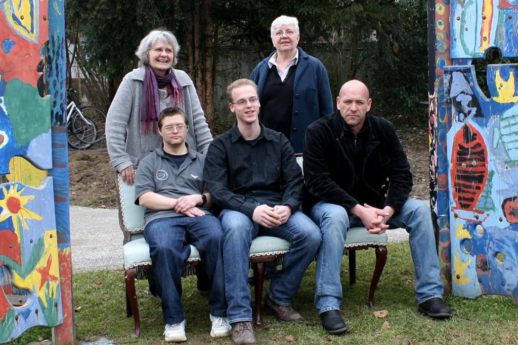 """Probesitzen für die Aktion """"Voll daneben"""" beim Festival Kultur vom Rande 2011"""