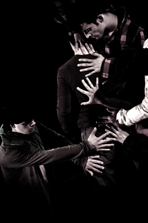Fliegende Hände. Foto: Katharina Maier