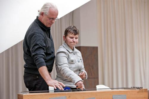 Johannes Joliet und Christine Frohnert bei der Klang-Kostprobe zur Preisverleihung. Foto: Miriam-Stiftung