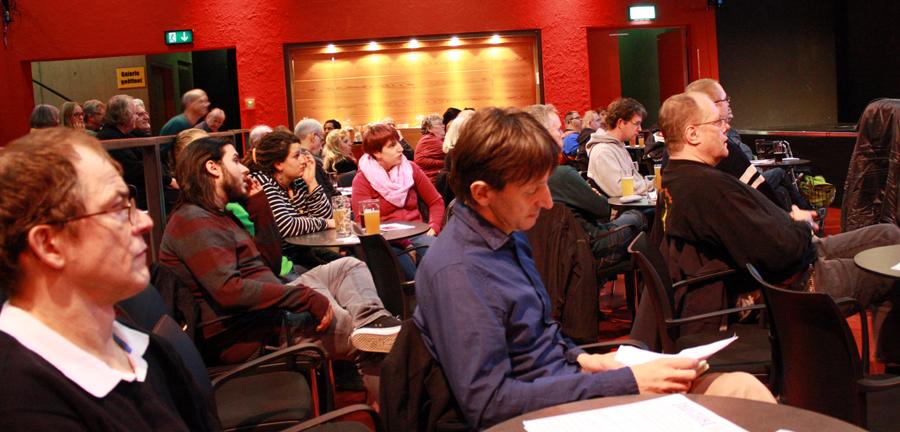 Gäste bei der Auftaktveranstaltung im Kulturzentrum franz.K. [Foto: Gerhard Schindler]